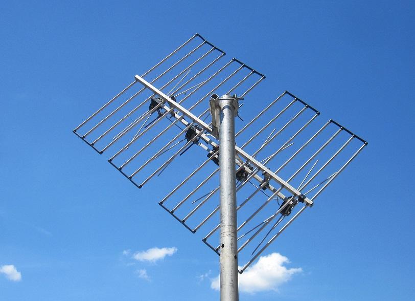 http://img113.xooimage.com/files/2/b/a/tnt-antenne-panne...ixte-45--5793b00.jpg